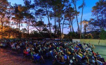Outdoor cinema Villa Carmignac