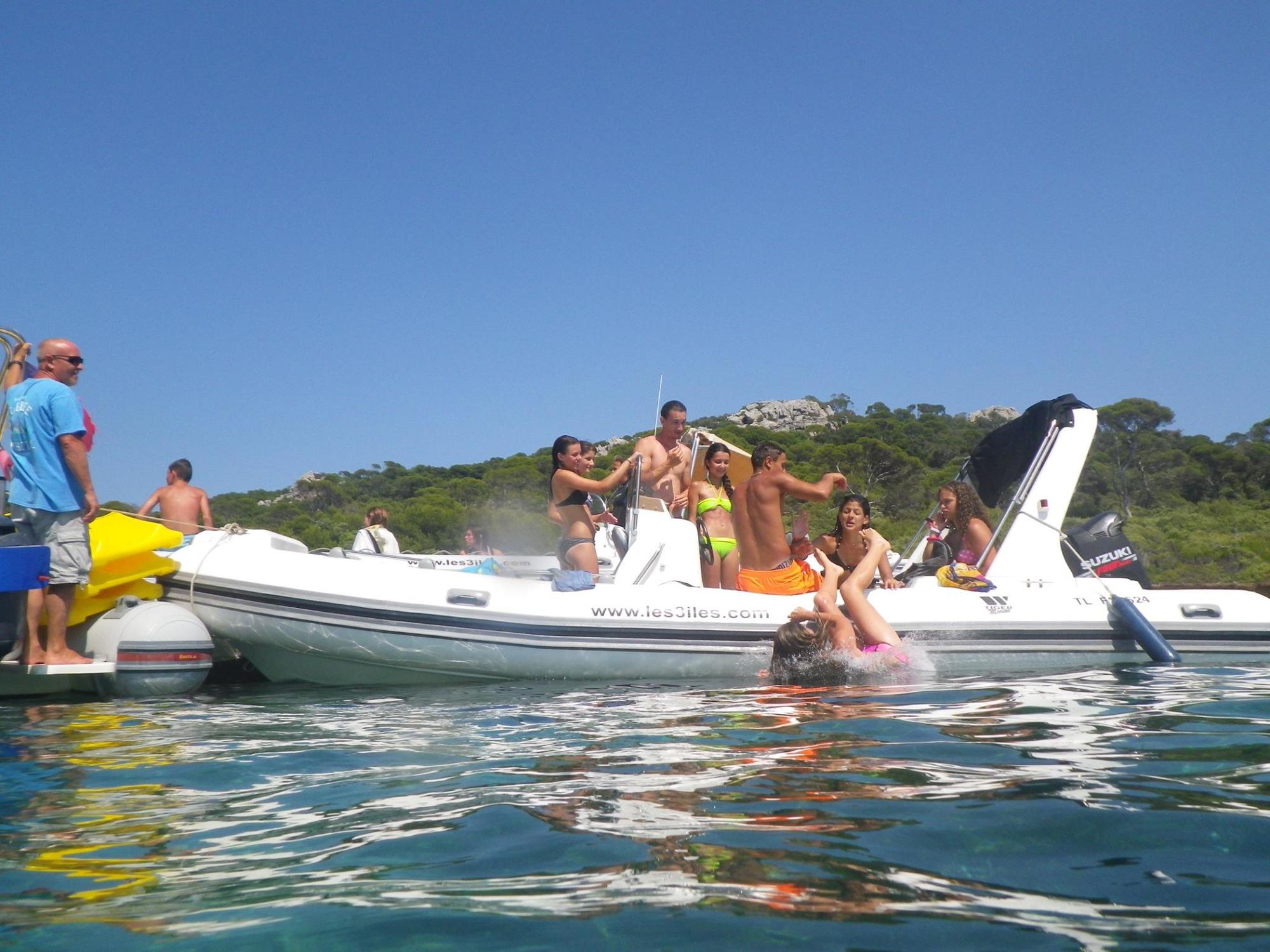 Les 3 Iles- boat rental